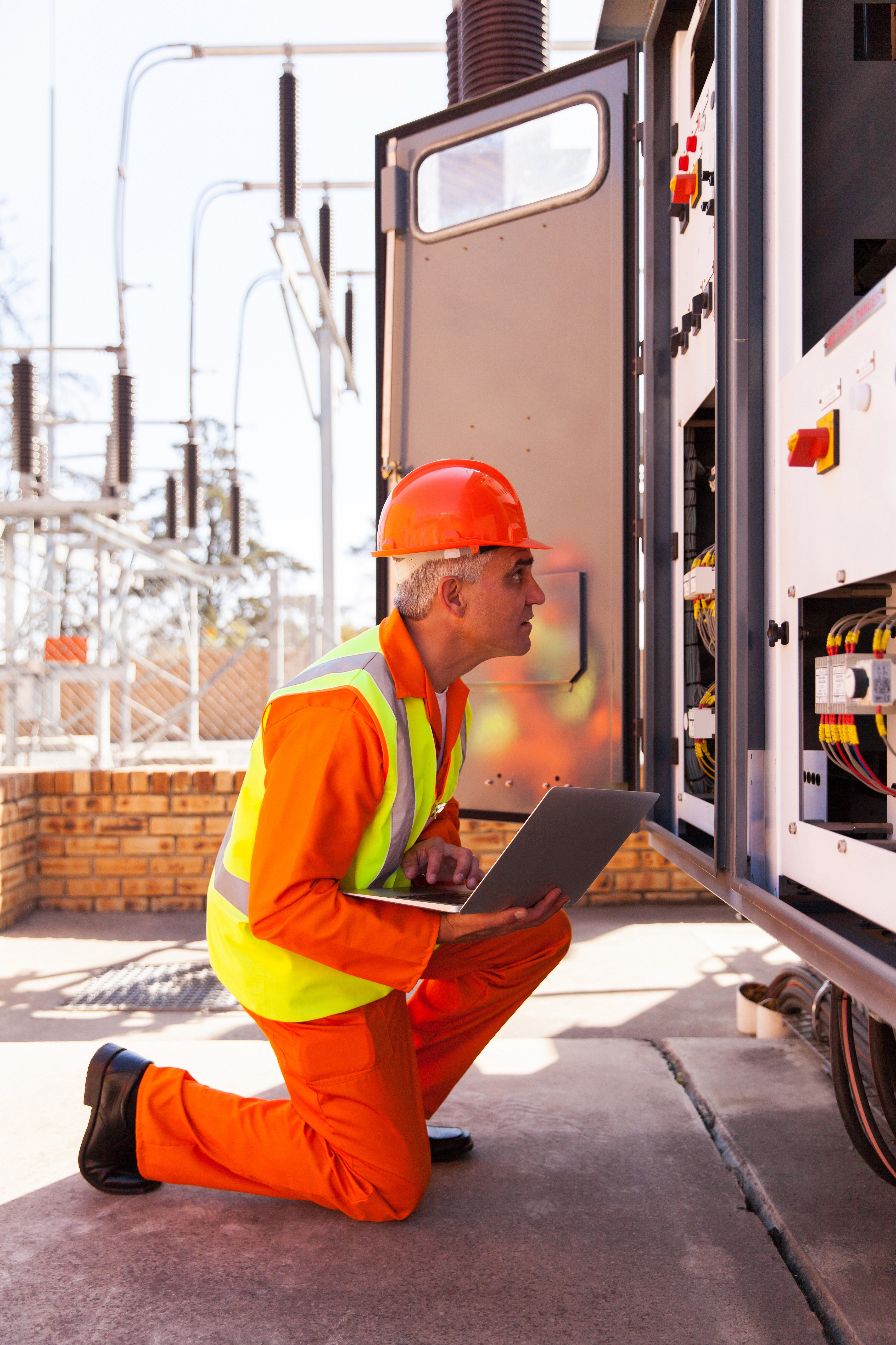 Delivering distribution intelligence with network monitoring & control